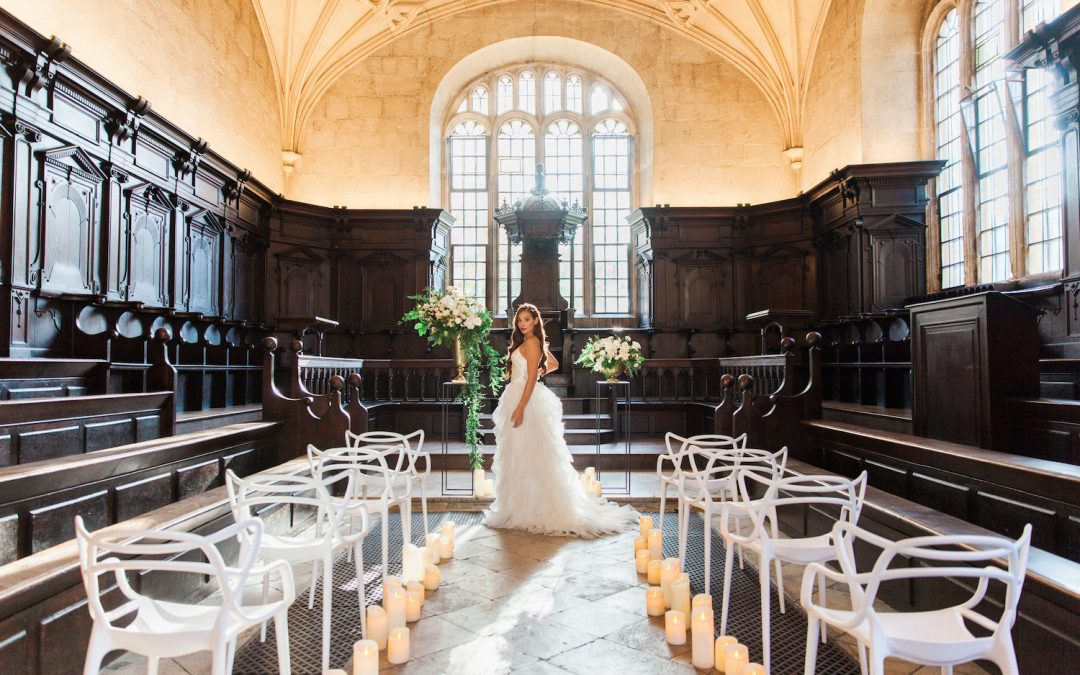 A Christmas Wedding in Oxford: Styled Shoot at the Bodleian Libraries